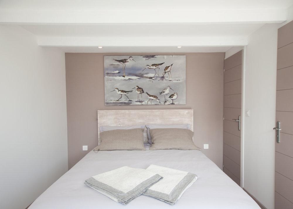lesajoncs-maisondhotes-la-chambre-lolivier-.jpg
