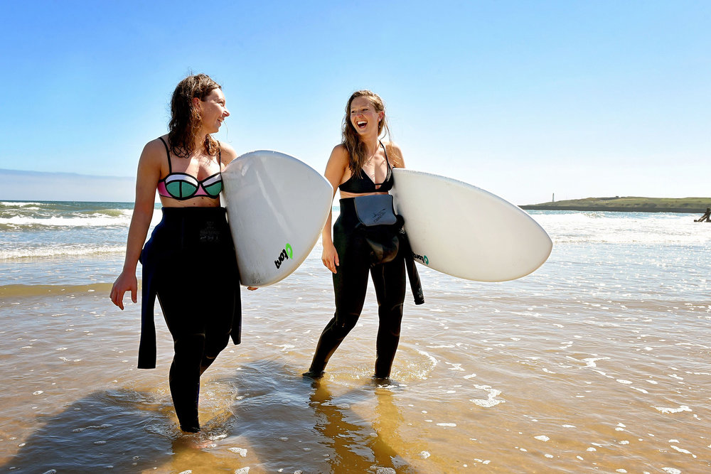 surfergirls_resize.jpg
