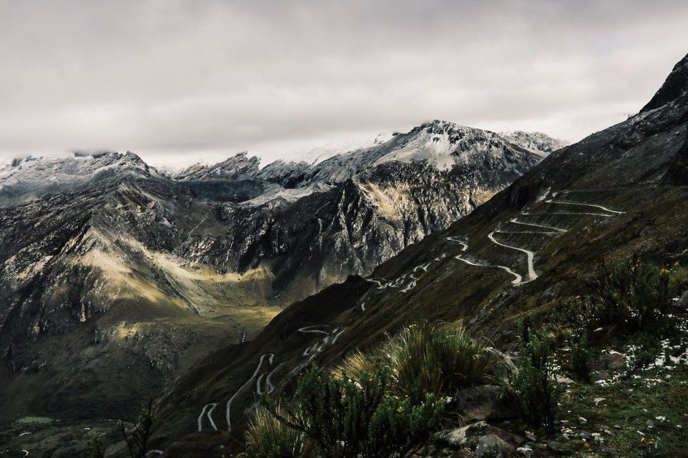 The jaw-dropping roads of Huascaran.