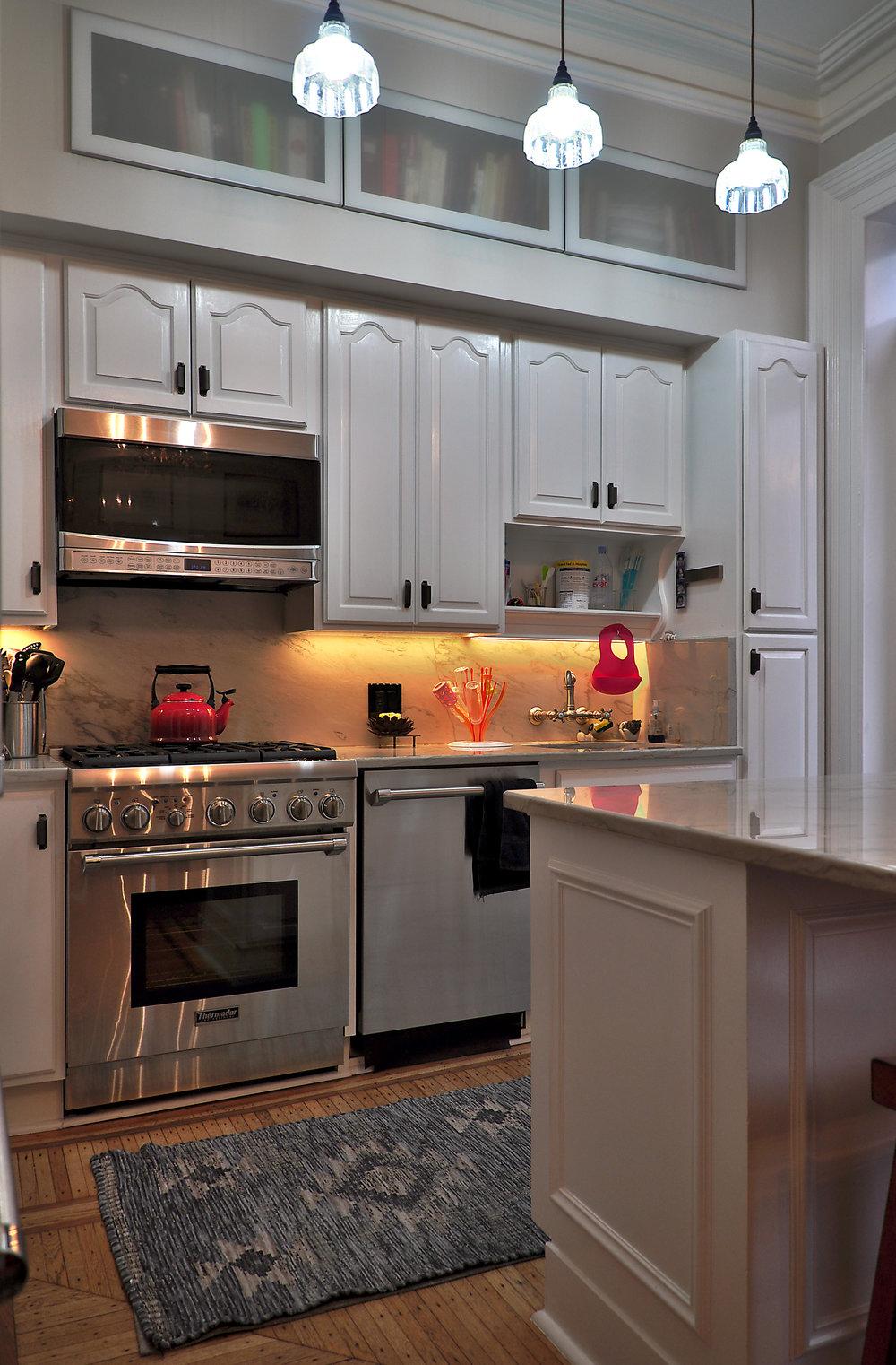 301 Varick Kitchen 2.jpg