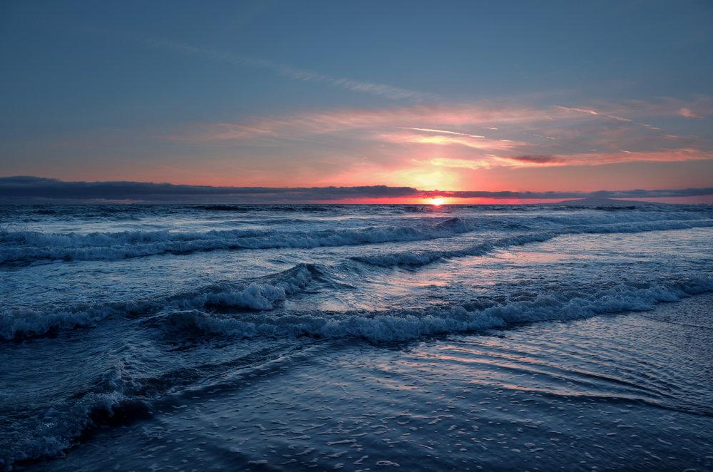 27 Sunset over Huntington Beach - Jacqueline Pronk.jpg