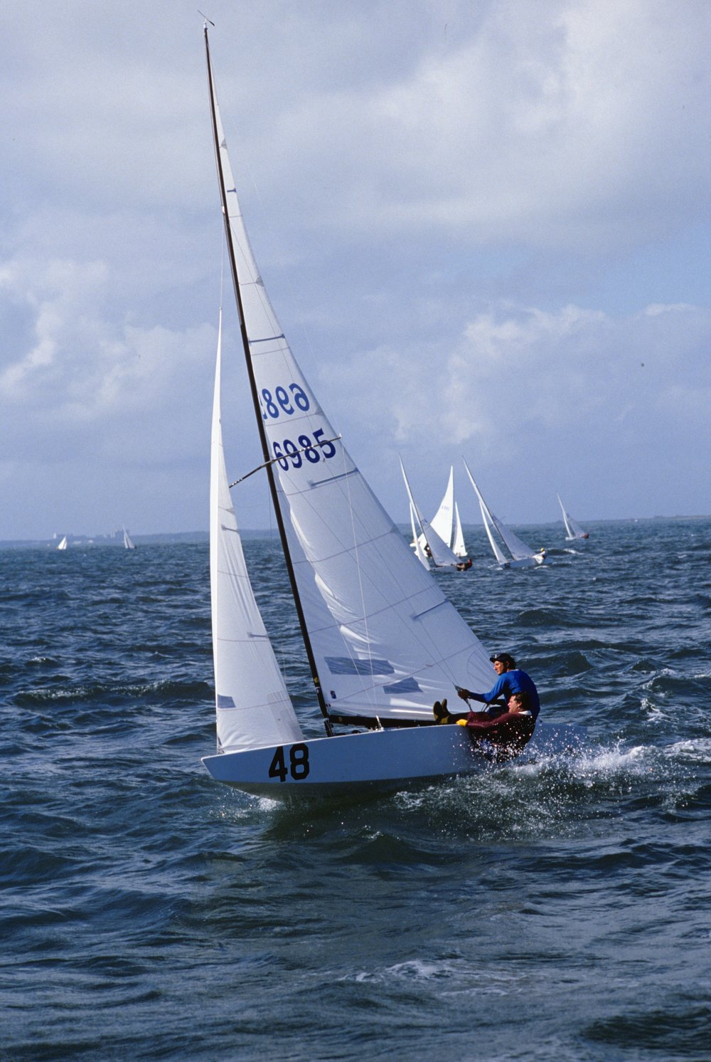 GREG DOLAN AND ANDREW MENKART LEADING IN RACE IV OF THE 1985 STAR WORLD CHAMPIONSHIPS IN NASSAU