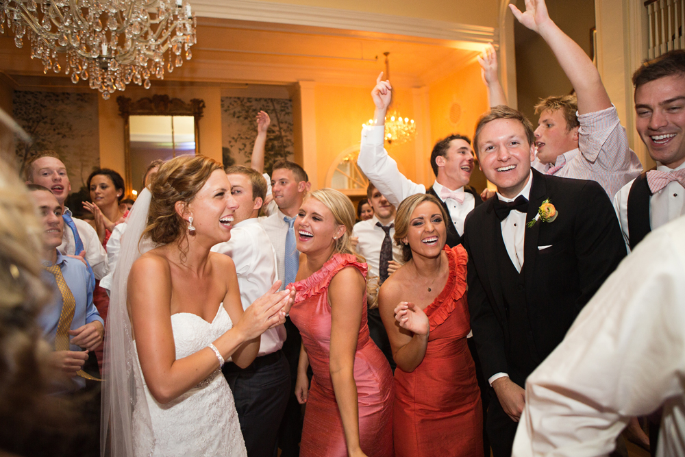 lexington_country_club_wedding_photographers_joyful.jpg