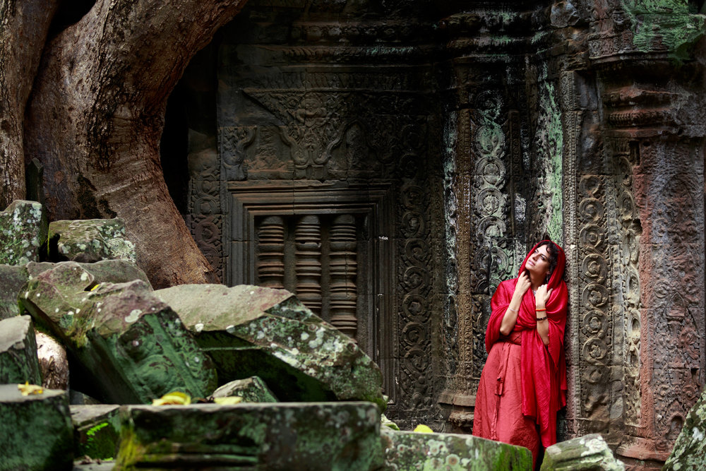 Veiled in scarlet secrets, she gave herself with fearless passion to the dust of time...   Cambodia 2016
