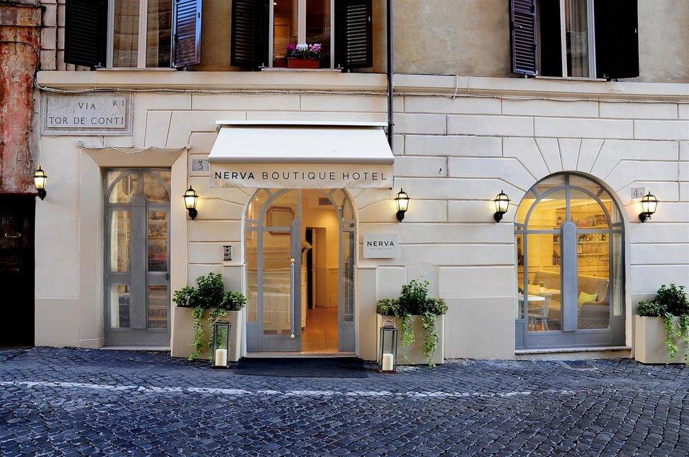 Entrance to Nerva Hotel