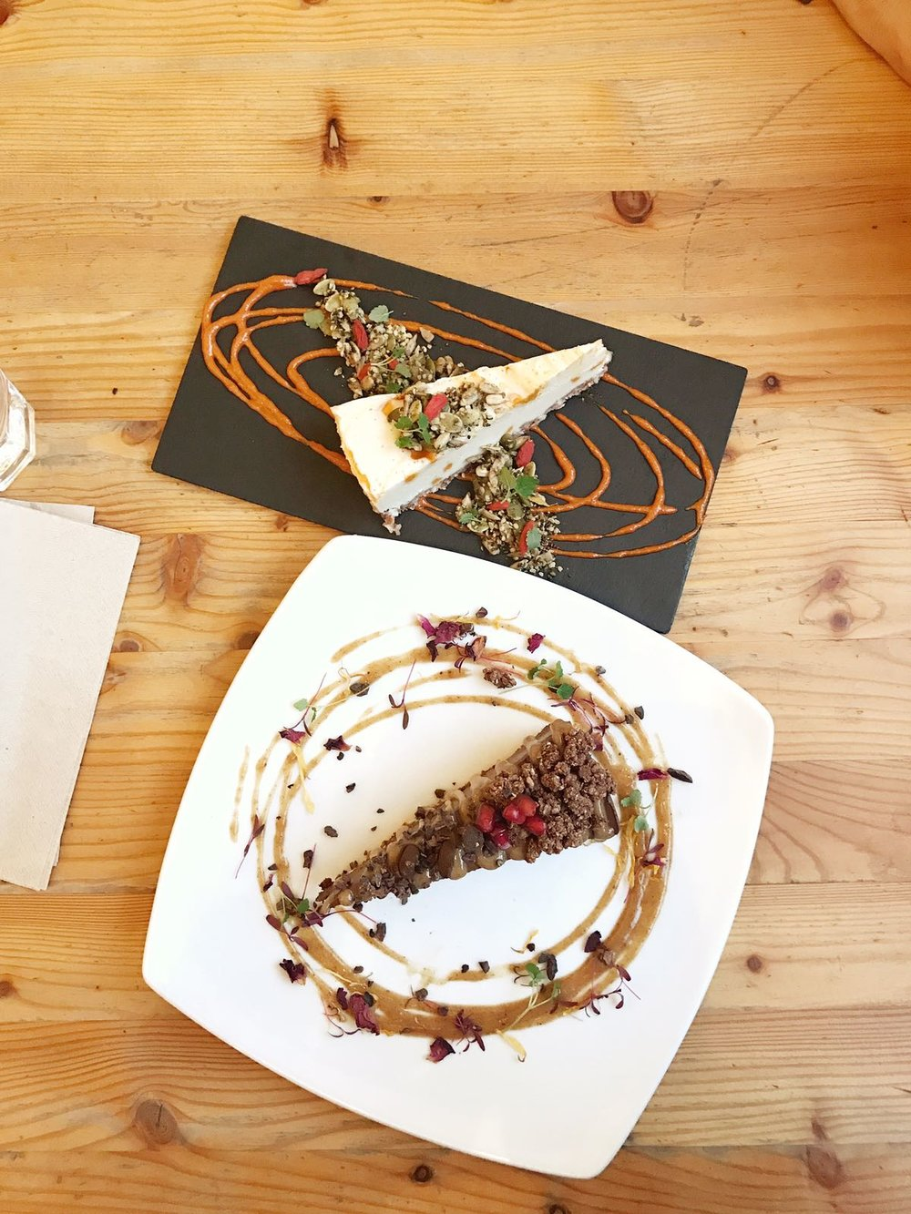 Raw Chocolate Tart & White Chocolate Cheesecake