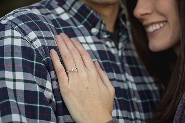 When your BFF gets a new ring... you just gotta snap a pic of it 🤷🏼‍♀️💍 . . . . . . . . . . #stevieferreiraphotography #wedding #brideandgroom #weddingday #ringshot #justengaged #engaged #shesaidyes #isaidyes #denverweddingphotographer #coloradoweddingphotographer #mountainweddingphotographer #weddingphotographer #denverweddingphotography #mountainweddingphotography #coloradoweddingphotography #coloradobrides #denverbrides #mountainbrides #weddinginspiration #weddingphotoinspiration #weddingphotography #elopementphotographer #neverstopexploring #detail #getoutside #blingbling #instagood #details #photooftheday