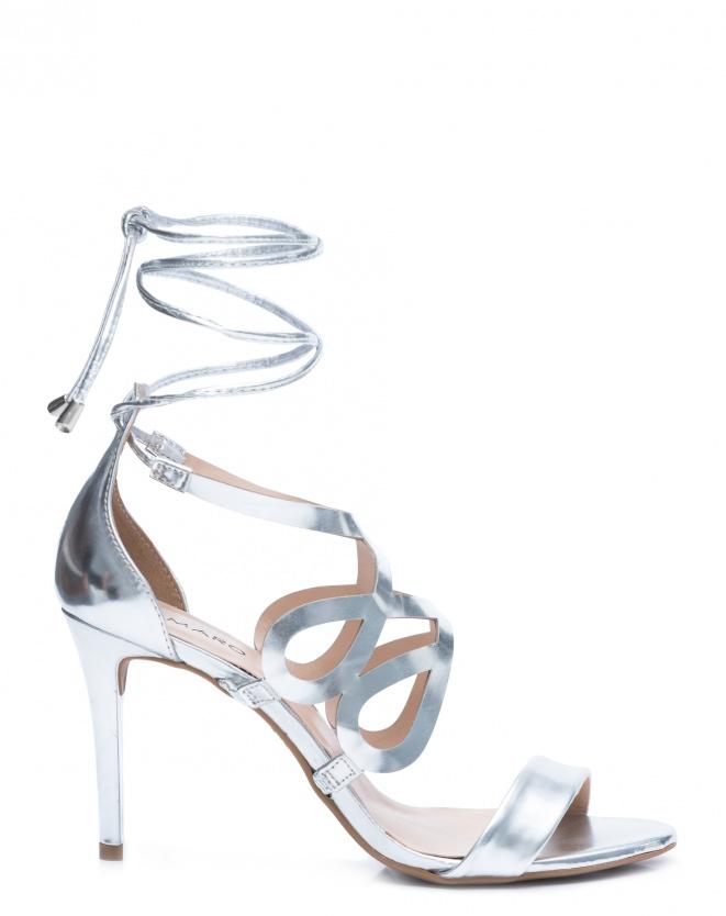 Sandália Salto Fino, R$ 149,90