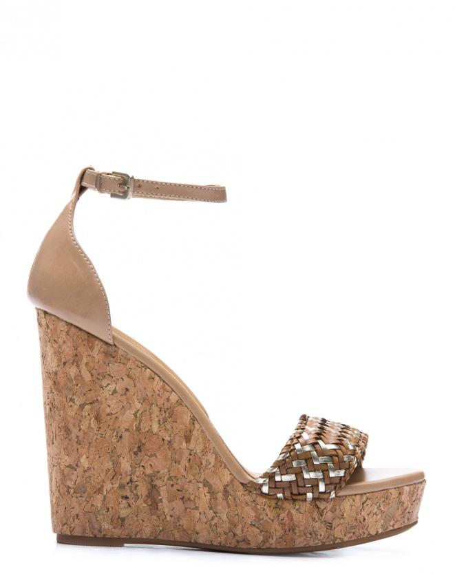 Sandália Plataforma Treccia, R$ 169,90