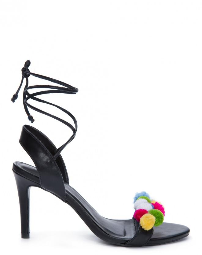 Sandália Pom Pom, R$ 179,90