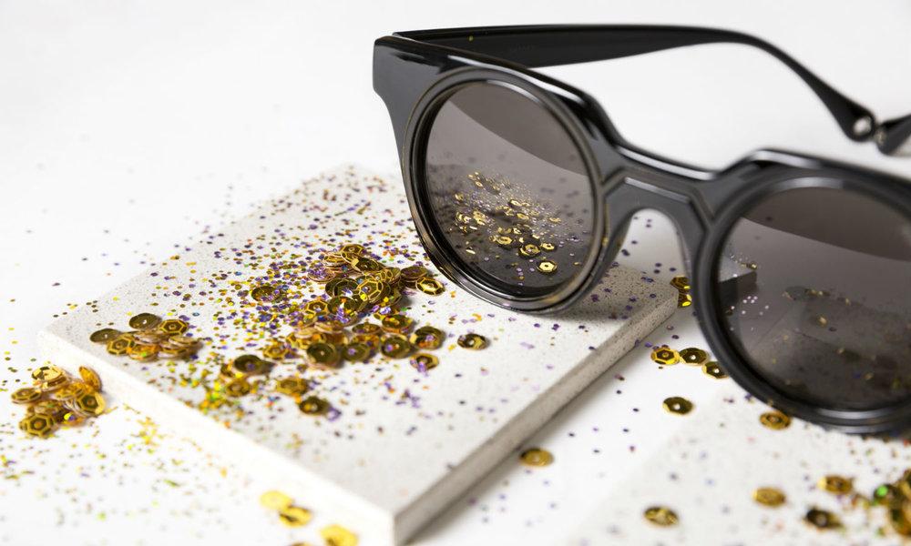 Óculos de Sol Eyelets, de R$ 119,90 por R$ 99,90