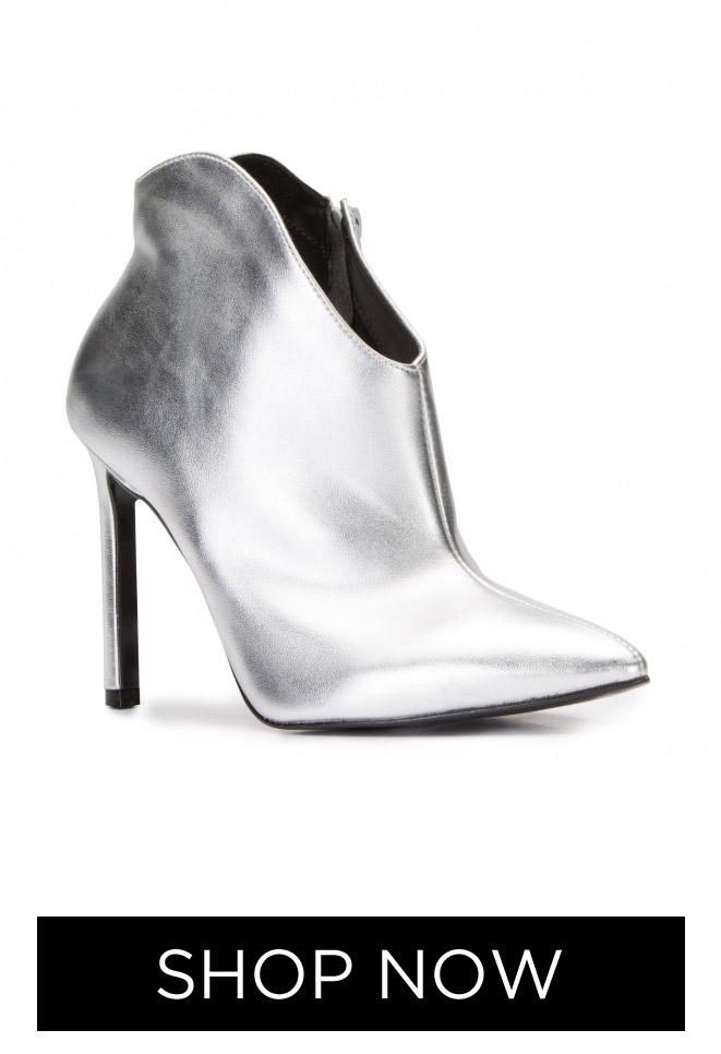Ankle Boot Salto Fino, R$ 269,90