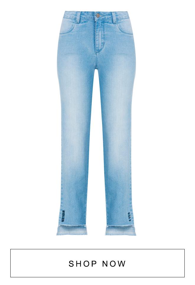 Calça jeans feminina com barra irregular