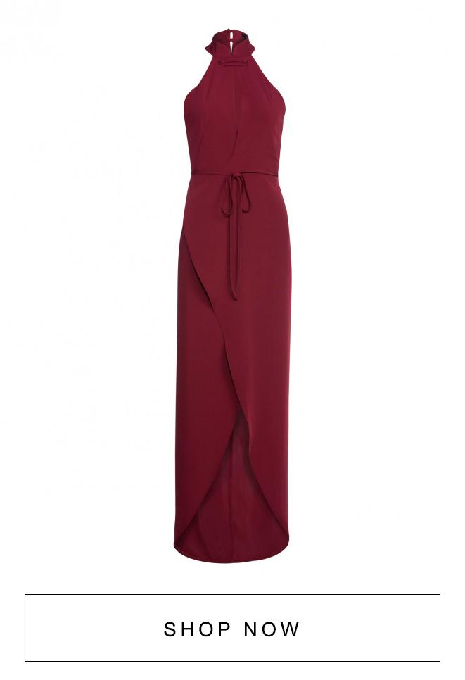 Vestido transpassado vermelho com fenda;