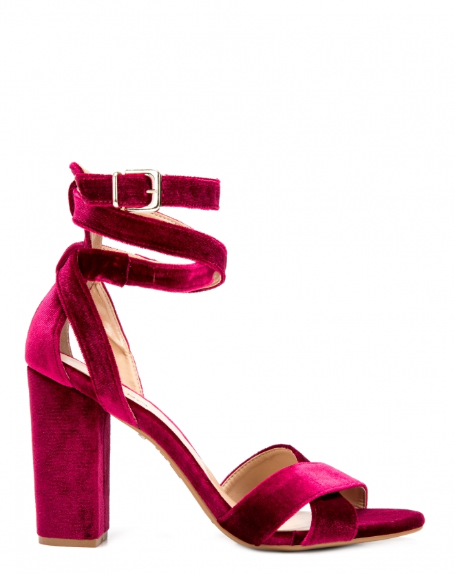 Sandália de veludo com tiras AMARO