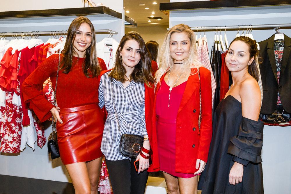Camila Neves, Camila Assreuy, Thay Ribas e Mariana Gradowski