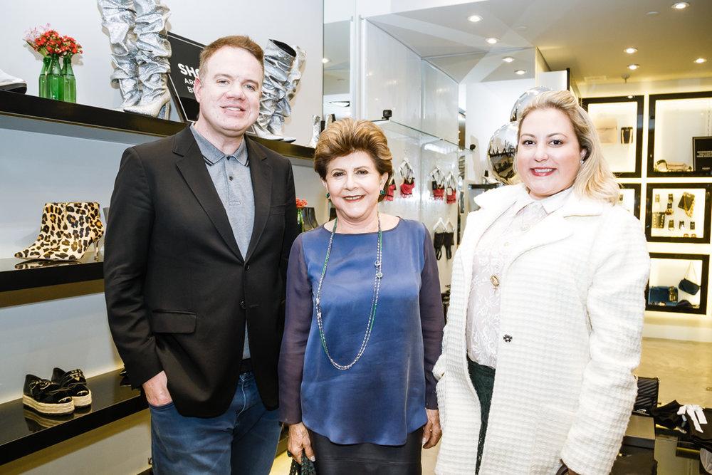 Marcus Contin, Norma Camargo e Dani Leão