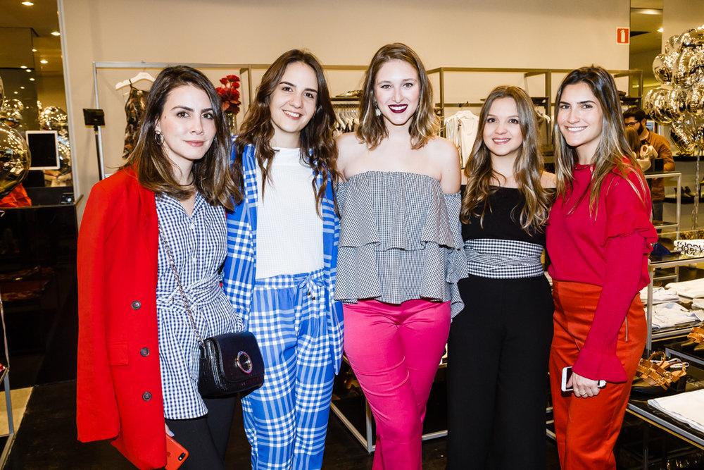 Camila Assreuy, Fernanda Jacob, Luisa Fleury, Sofia Dias e Natali Tzortzis