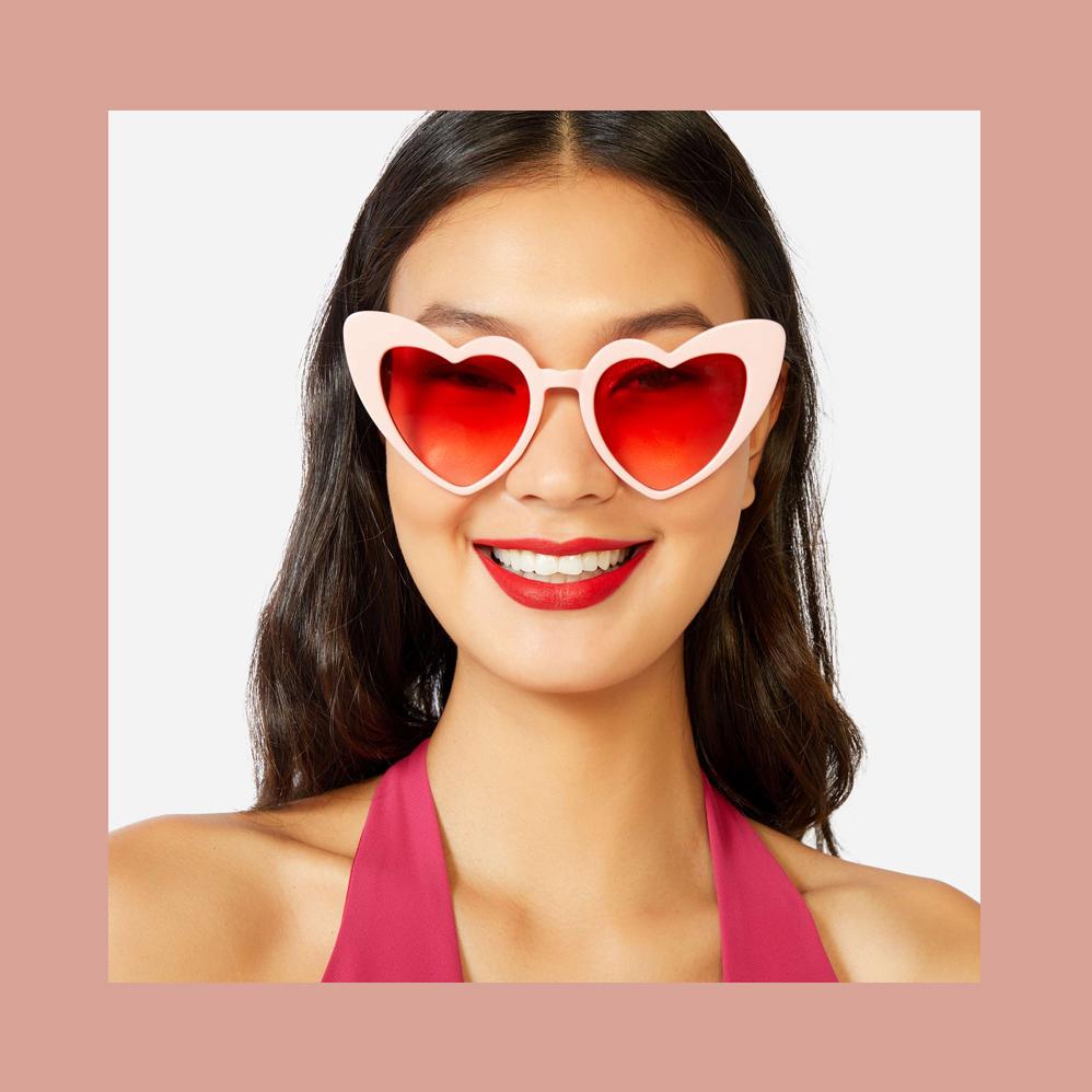 2018.10.09_oculos_-heart-shaped-eyes.jpg