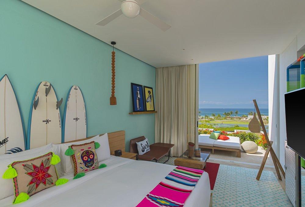 Wonderful Ocean View Escape Room + view.jpg