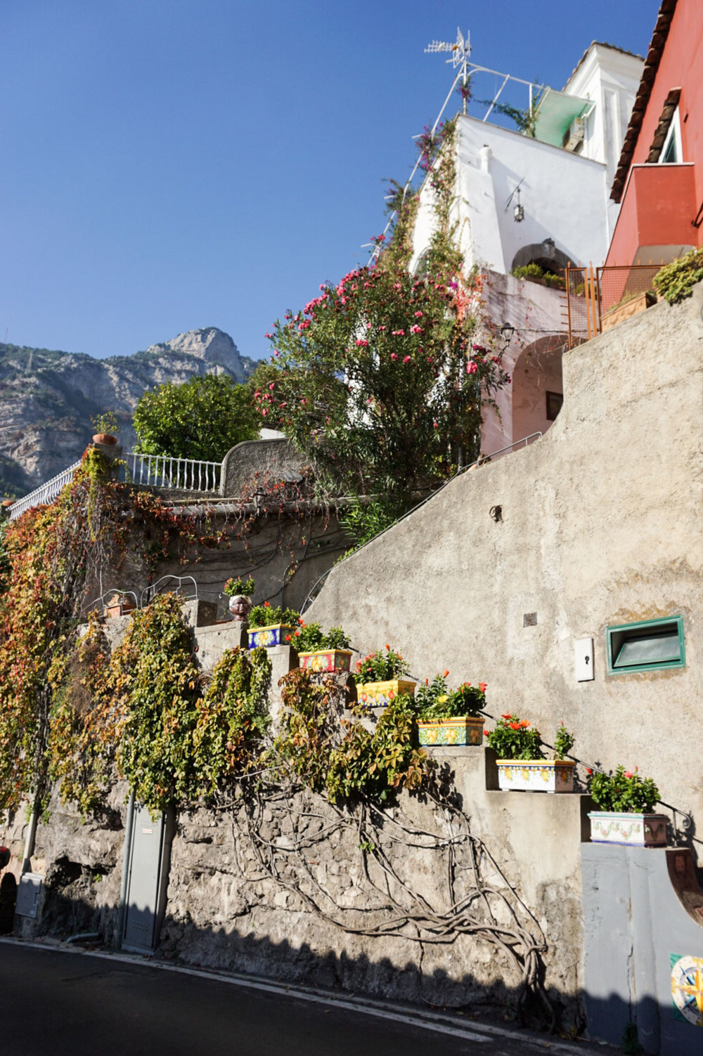 travel-to-italy-tips-with-Addie-Bell_Amalfi Coast-1793.jpg