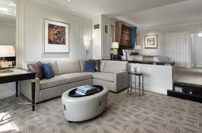 Palazzo Luxury Suite Living.jpg