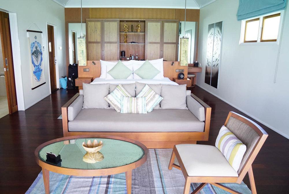 Maldives_Resort_Honeymoon_Hurawalhi_MaldivesTravelAdvisor.jpg