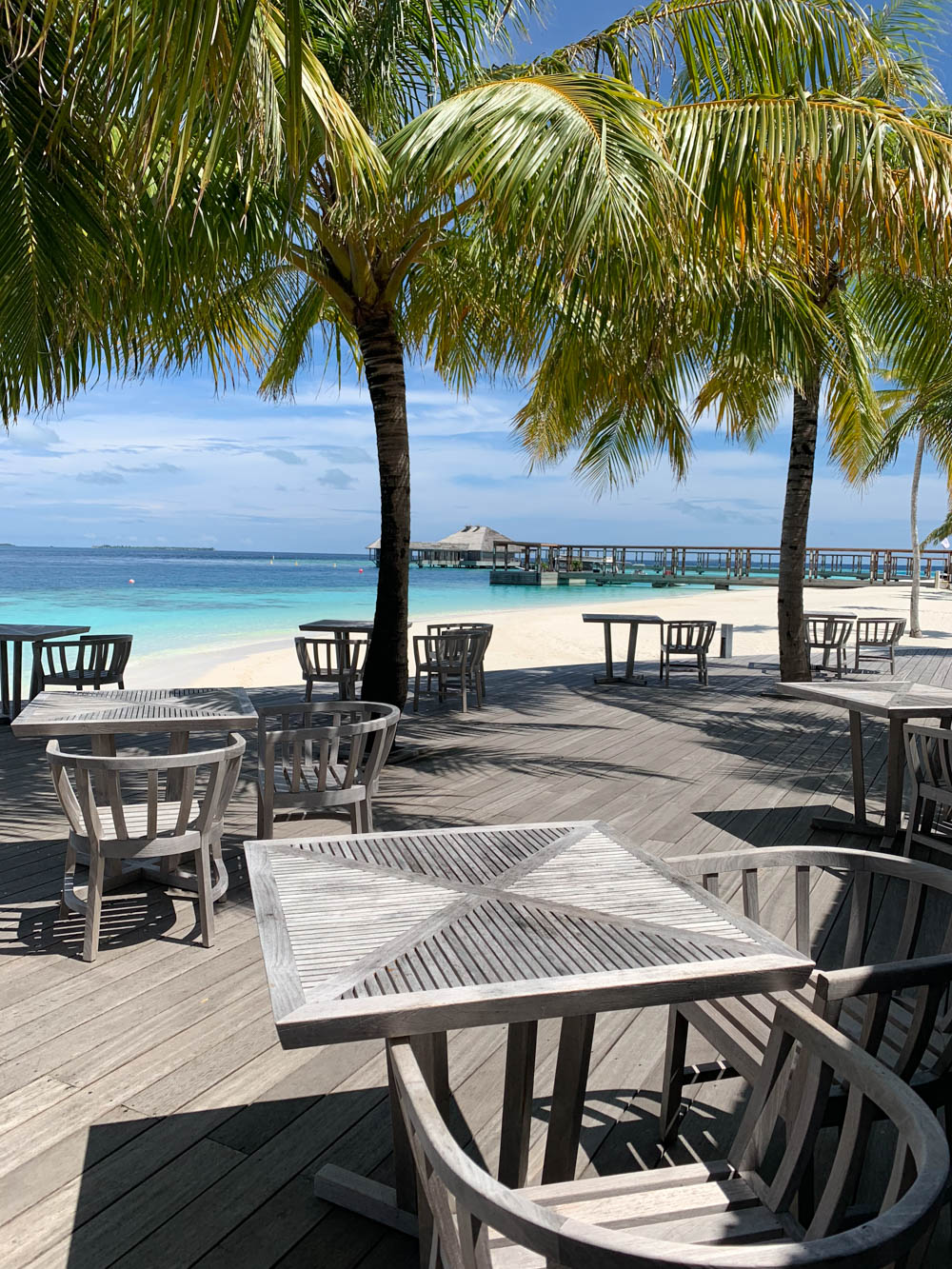Maldives_Resort_Honeymoon_Hurawalhi_MaldivesTravelAdvisor-19.jpg
