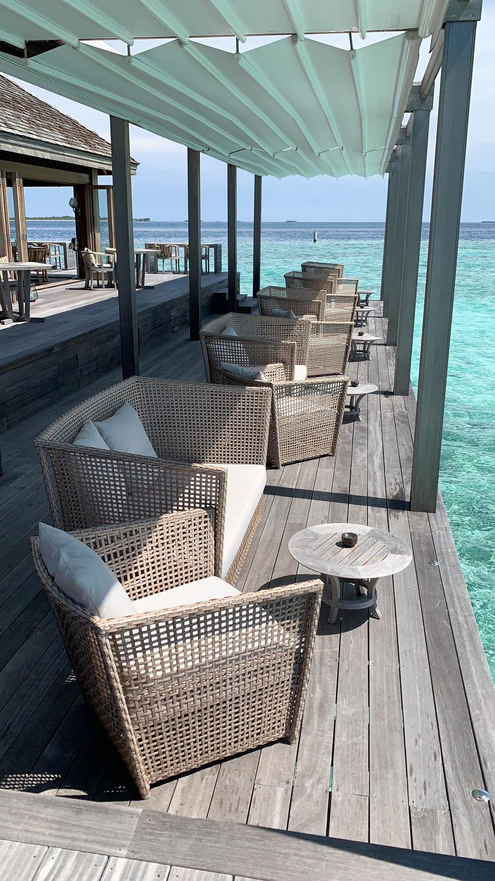 Maldives_Resort_Honeymoon_Hurawalhi_MaldivesTravelAdvisor-29.jpg
