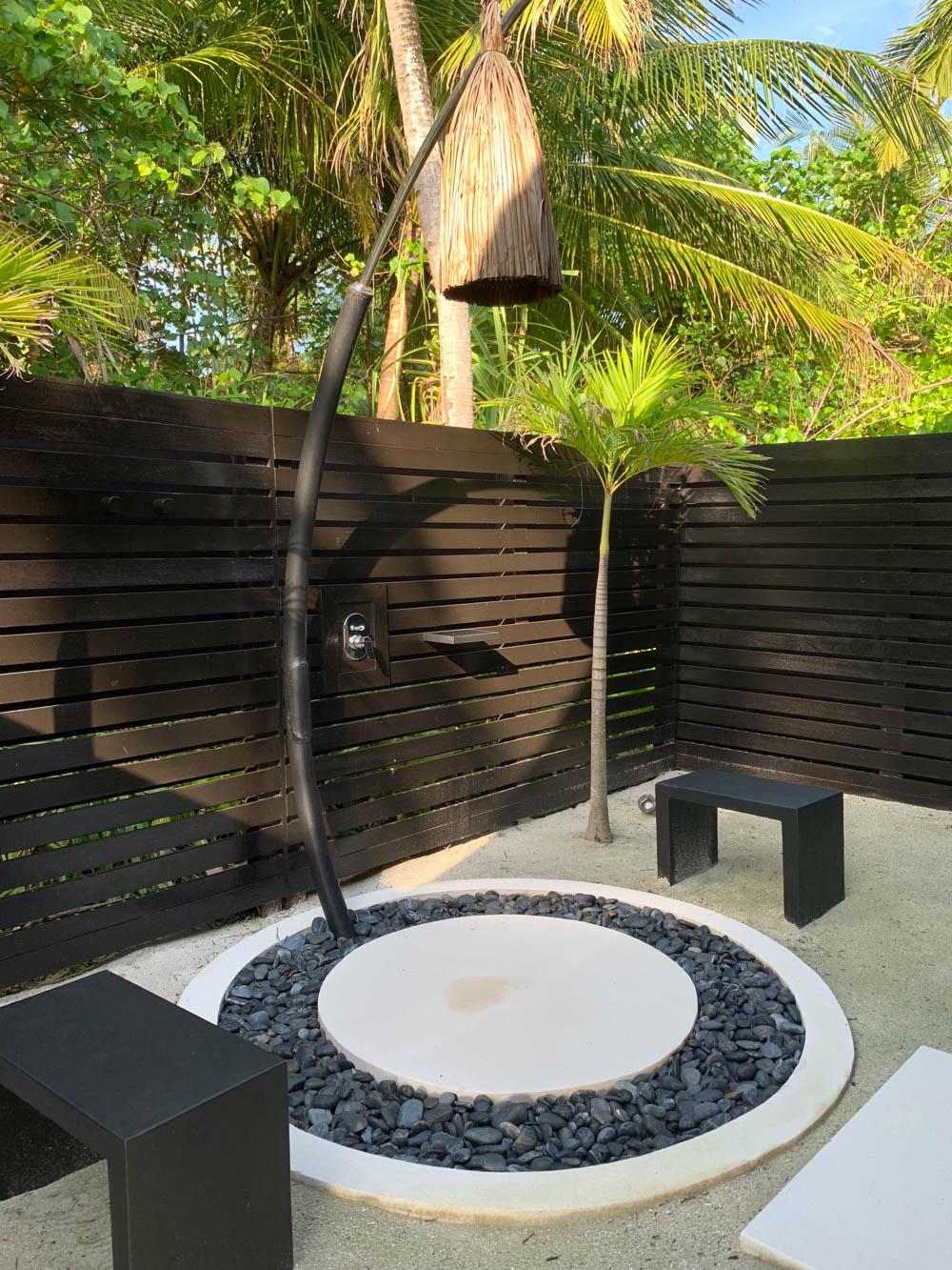 Maldives_Resort_Honeymoon_OneandOnly_MaldivesTravelAdvisor-10.jpg