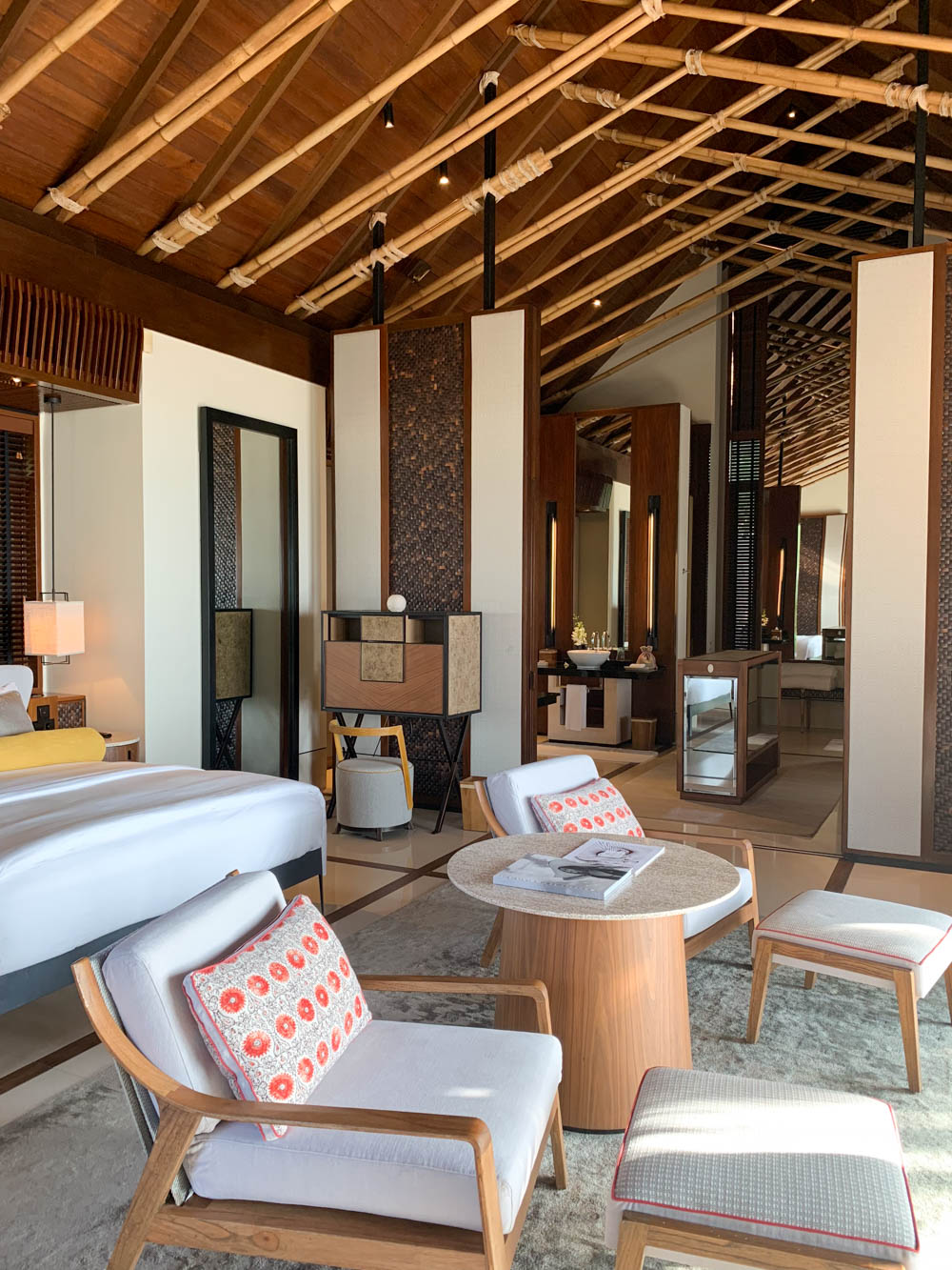 Maldives_Resort_Honeymoon_OneandOnly_MaldivesTravelAdvisor-11.jpg