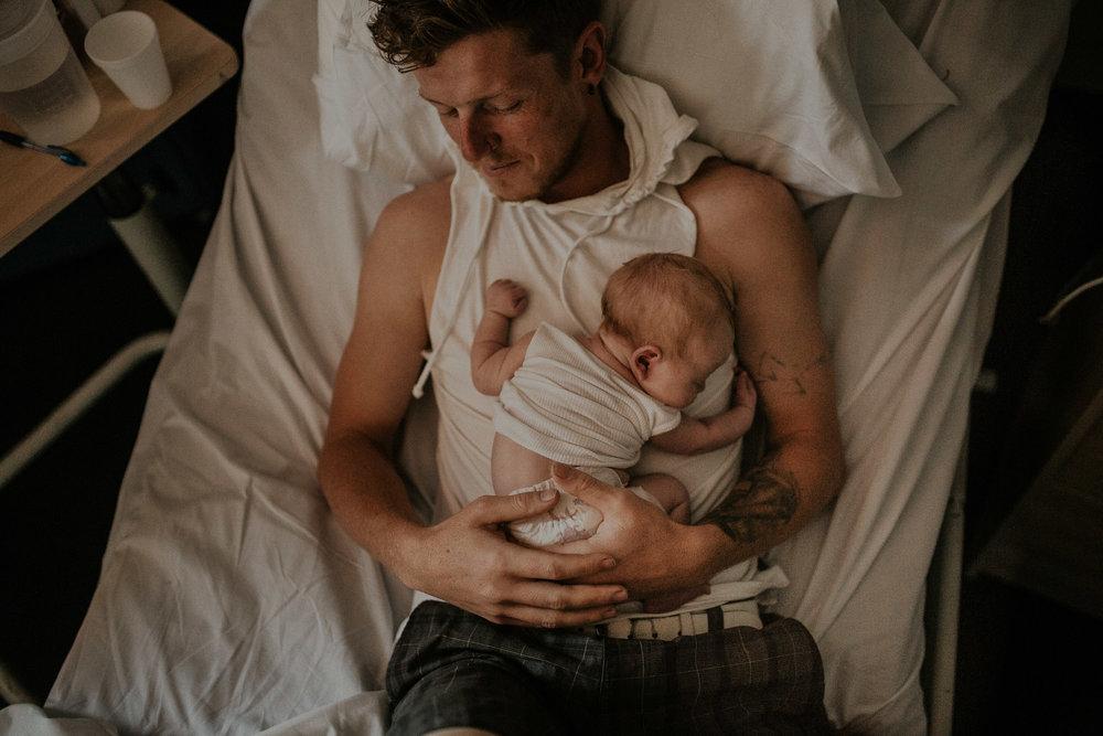 Newborn-Photography-hills-district-12.jpg