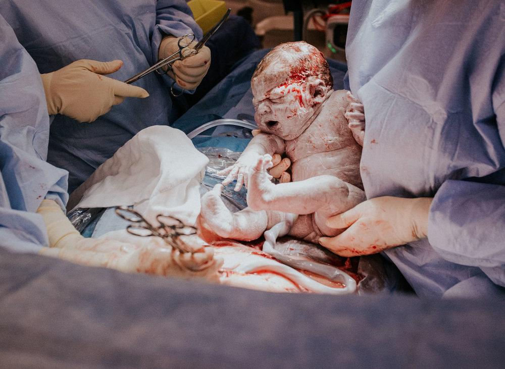 justine-curran-newborn-birth-photography-9.jpg