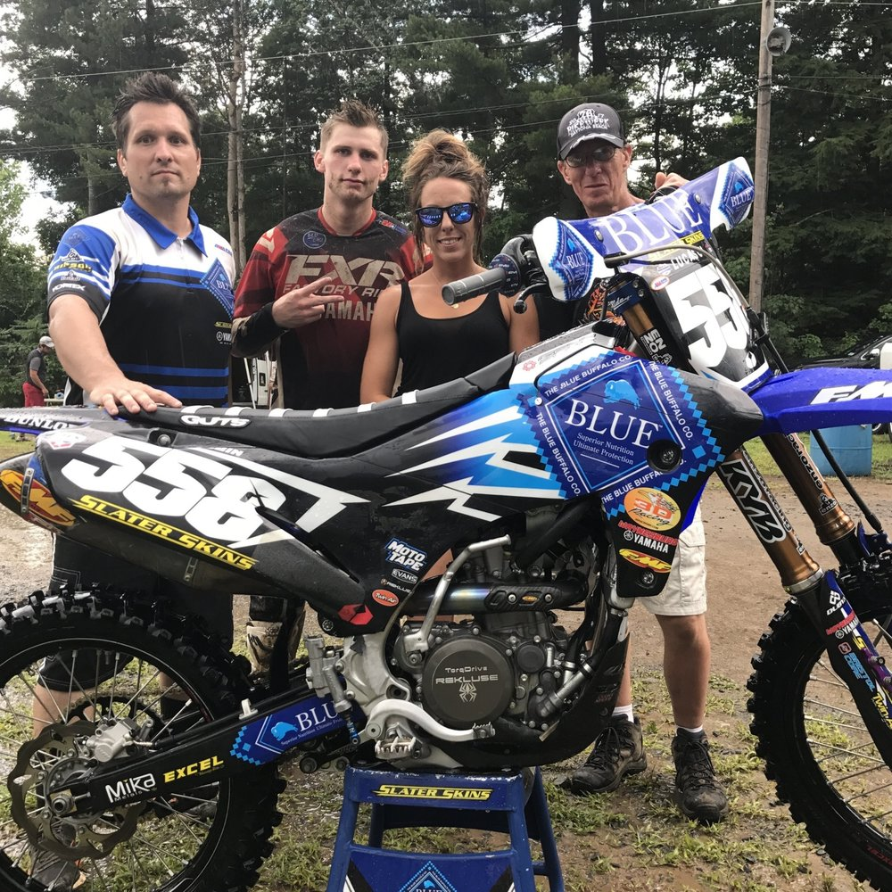 Jerry Robin and the Blue Buffalo Slater skins crew gave the fans in the TCE Motocross Fan Experience a true behind the scenes VIP experience.  They loved getting an all access experience and getting to be the team's special guest!