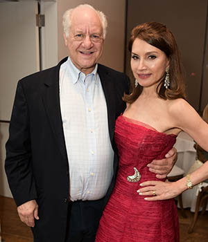 Dr. Steven Schutzer and Jean Shafiroff. (Photo: Rob Rich/SocietyAllure.com)