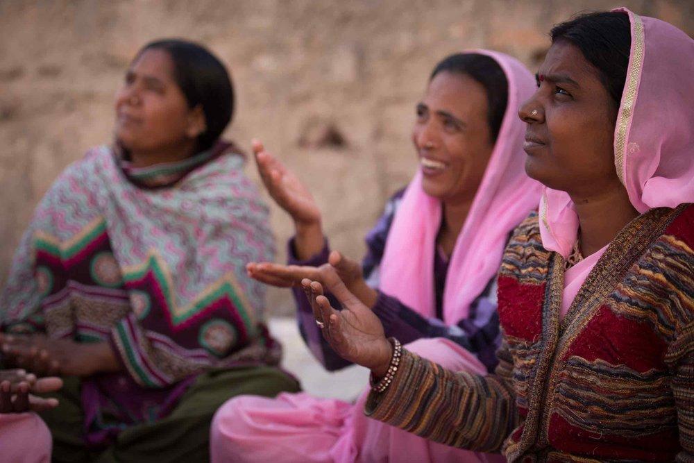 photographerswithoutborders_workshop_india.jpg