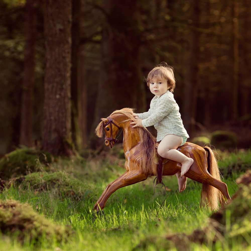 Annie Renwick fine art childrens photographer in Devon, fine art photography by Annie Renwick