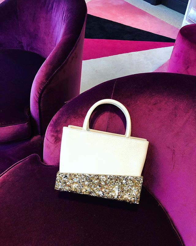 Coming soon to Harvey Nichols Riyadh⚡️Shop the collection online link in bio🍦 #lalingigirl #shoponline #designerbag #saffianoleather #glitterbag #statementbag #wiwt #stylist #instastyle #instafashion #fashiondiaries #uniquegiftsforher #interiors #geometric #colorblock #luxurybags #luxuryfashion #emergingdesigner #aw20 #emergingbrand #accesoriesbrand