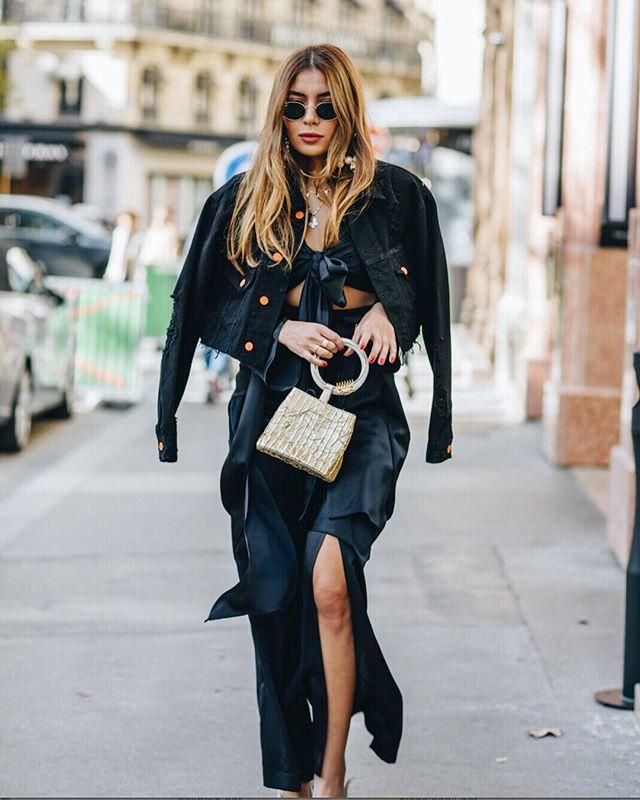 🔥 Bangal bag coming soon to @harveynicholsriyadh  #lalingigirl #streetstyle #pfw #designerbag #statementbag #fashiondiaries #luxuryclutches #christmasgiftsideas #giftsforher #aw19 #pfw #emergingdesigner #emergingbrand #brandtowatch #parisstreetstyle #londonaccesoriesbrand
