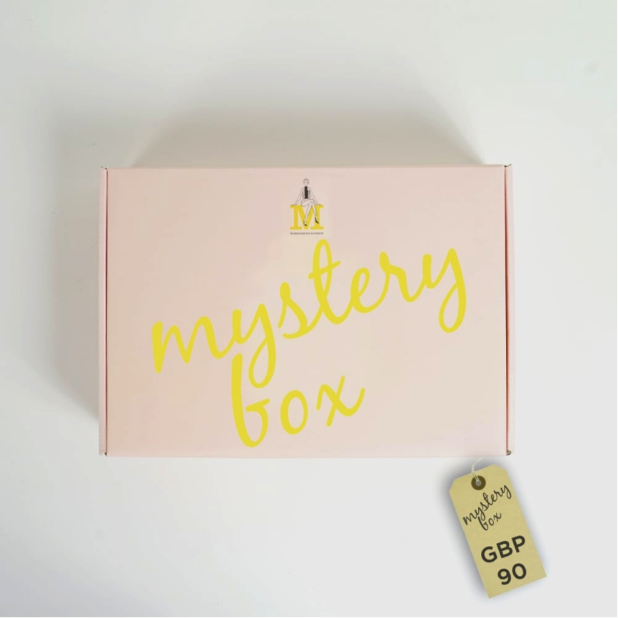 We love a bit mystery in our lives, don't you? Make gift giving a little more special this year with Modestrove's mystery box. Put your fate in their hands, with a range of perfectly selected products.  £90 from  www.modestrove.com   Browse & Shop the latest products from  MODESTROVE  at London Muslim Lifestyle Show 2018  next month .   Get tickets now.