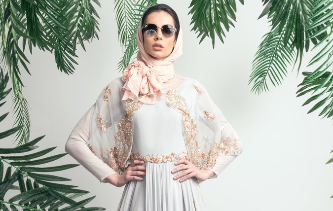 See Saiqa Majeed's latest collection  on the catwalk at London Muslim Lifestyle Show 2018