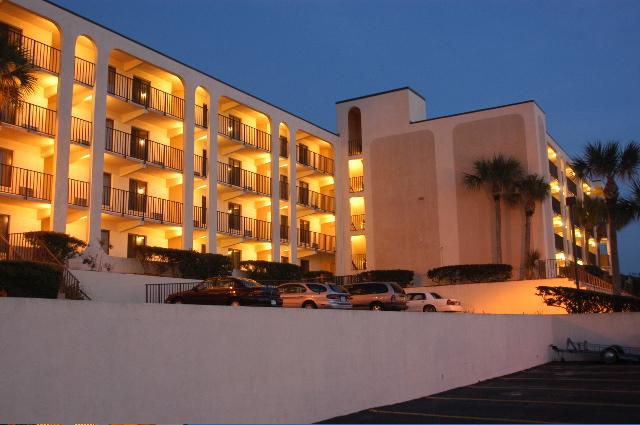 Beachers Lodge Oceanfront Suites