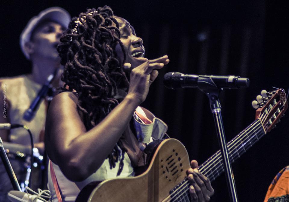Inez Barlatier in Concert - May 2017