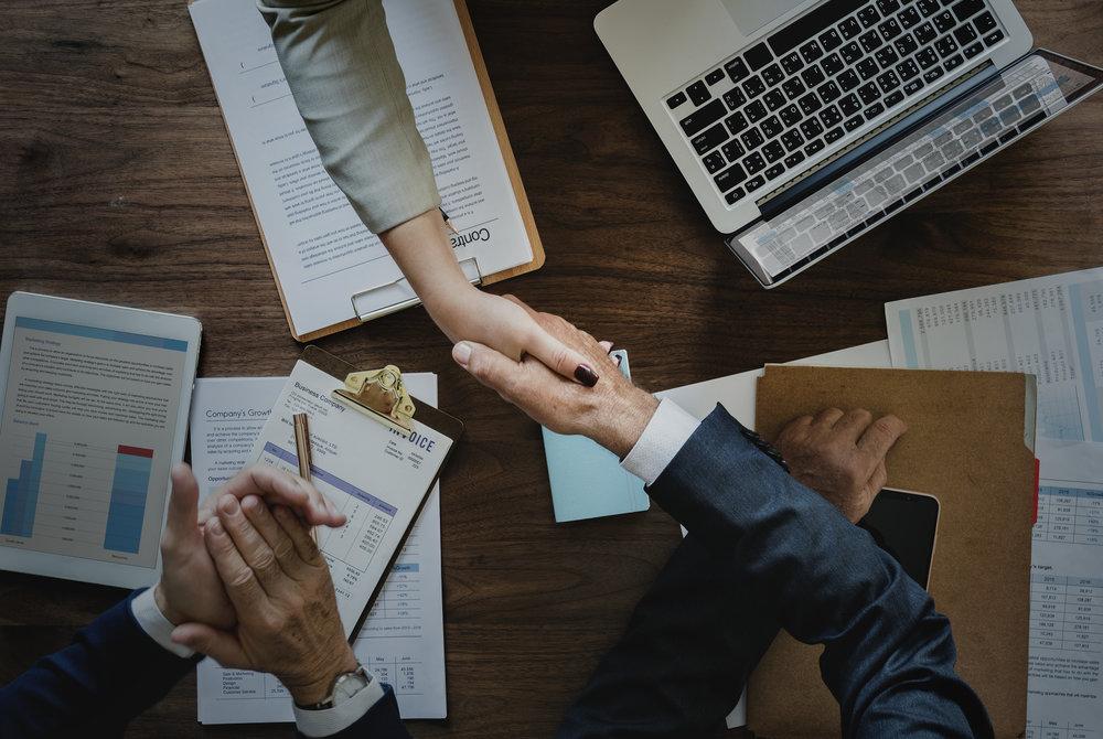 Du får altså et helt års fokus på værdsættelse, så vi sammen sikrer at du får succes med værdsættelse i din organisation. -