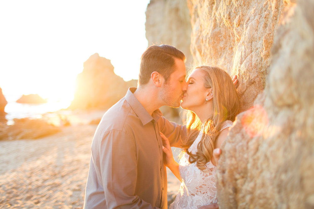 el-matador-beach-engagement-116.jpg