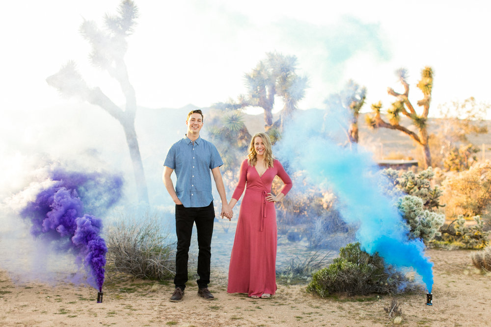 thevondys.com | Joshua Tree Engagement | Smoke Bomb Wedding Photography | The Vondys