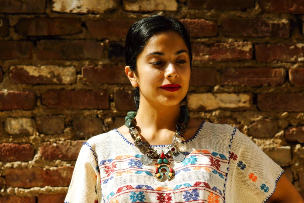 Fennimas-Istanbul-Necklace-model-Mariyam-Nayeri.png