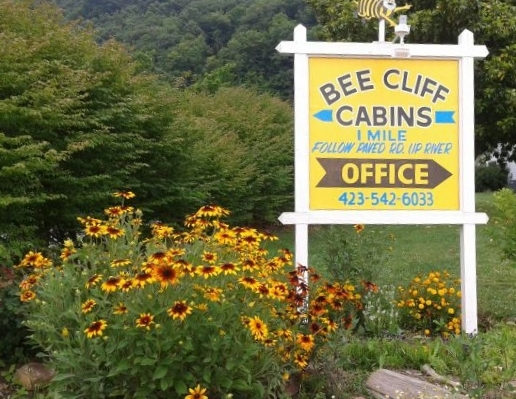 Bee Cliff Cabins Office