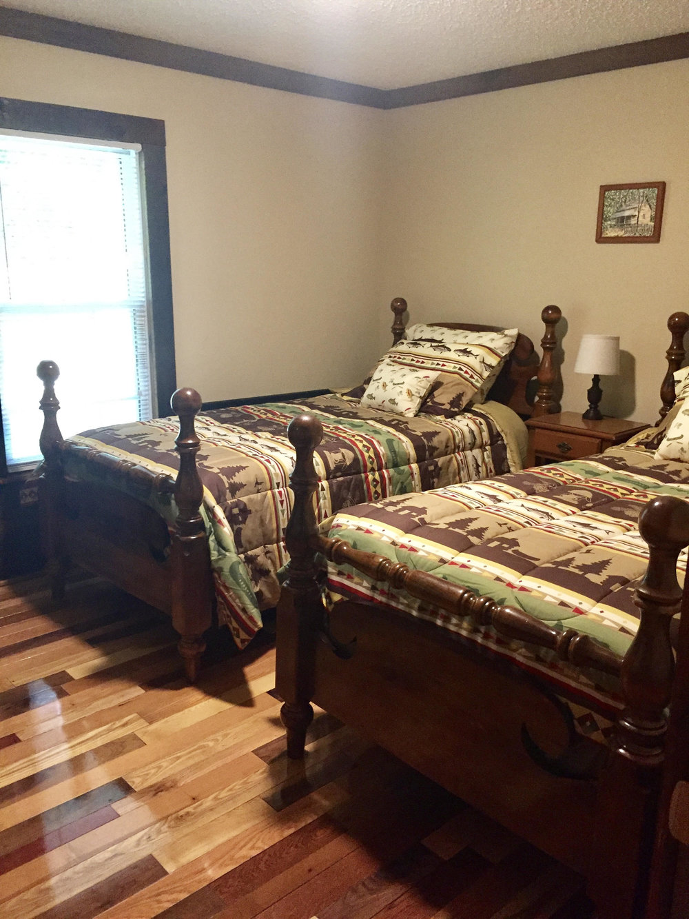 3rd bedroom w/twin beds