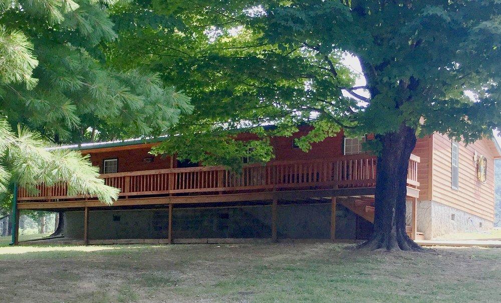 Cabin 14 Exterior2.jpg